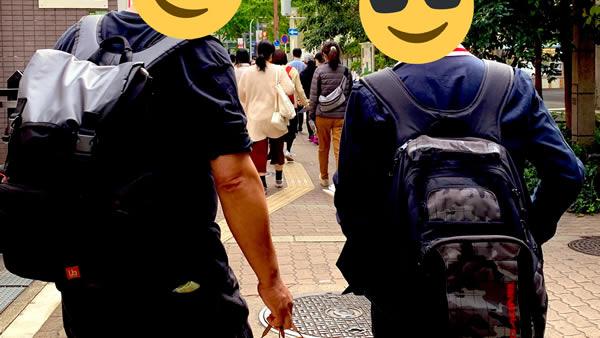 中崎の公園を目指して:大阪でセーラー服のデッサン会