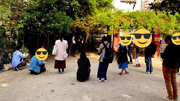 中崎の公園でお絵描き2:大阪でセーラー服のデッサン会