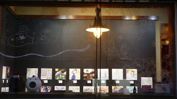 調度品のように飾られたイラスト・中崎町deイラスト展示会2020